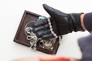 Jewelry Theif